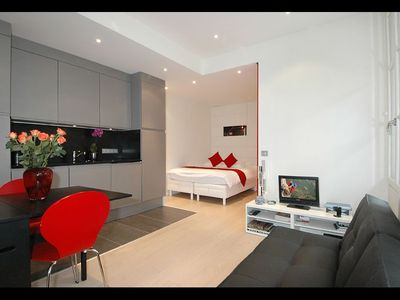 Temple Beaubourg - Inside: modern studio comfort