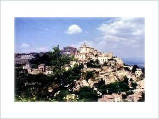 Gordes house photo - Gordes is a few minutes away.