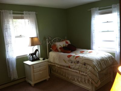 3rd bedroom with twin trundle bed