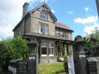 A Gorgeous Victorian Mansion House  Ideal for Large Groups and Family holidays