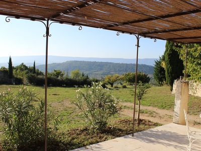 Charming house in the countryside, privileged environment, exceptional views.