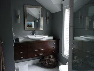 Sheboygan house photo - Bathroom