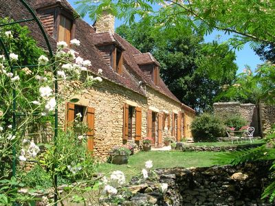 St Chamassy farmhouse rental - Front of house