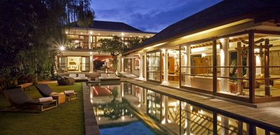 Contemporary 4 Bedroom Villa in Canggu