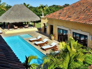 Punta Cana villa rental - courtyard view
