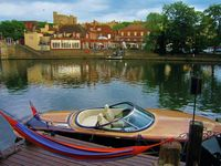 Windsor and Etons Favorite Holiday Home Rental - Waterfront - London 30 Mins