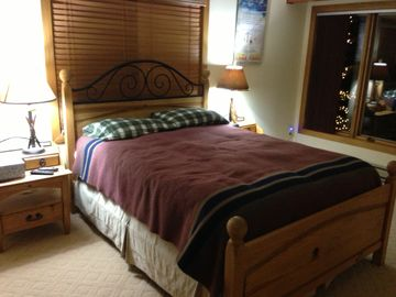 Mountian View Bedroom, Great views of ski runs! HD TV