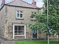 COBBLERS COTTAGE, pet friendly in Pickering, Ref 8381