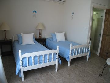 twin bedroom beach house no 2