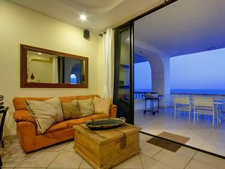 Rosarito Beach condo photo - Living Room