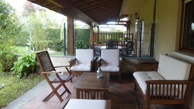 RegEVI0008-BEAUTIFUL HOUSE IN AYALA VALLEY WITH GARDEN AND TENNIS COURT