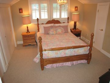 3rd floor bedroom in main house with queen-size bed