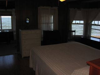 Seaview house photo - Queen bed, bay windows, bay view, porch access.