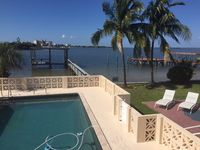 Beautiful Bay Front Home Near Fort Myers Beach