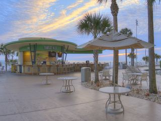 Daytona Beach studio photo - Pool Bar
