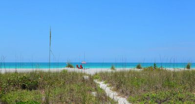 Idyllic White Sand Beach Of The Gulf Of Mexico