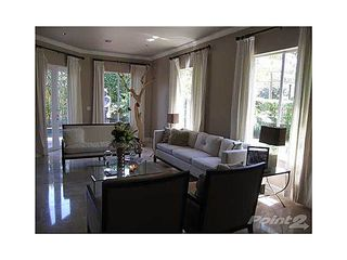 Brickell villa photo - Living room