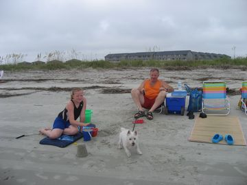 Darlene's husband, daughter and the family dog on our vacation...