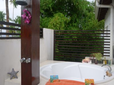 Las Terrenas house rental - Outdoor tub and shower