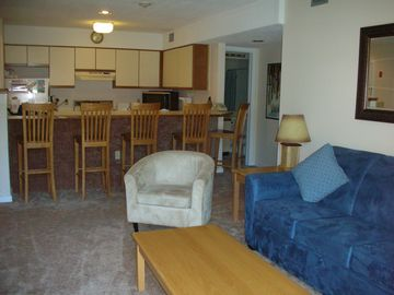 Ludlow condo rental - Lots of room to hang out apres ski!