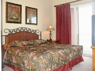 Lake Buena Vista condo photo - Master bedroom with larger-sized balcony facing Disney!