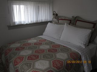 Munising cottage photo - A good night sleep in a luxurious double bed.