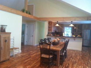 Mount Desert cottage photo - Dining and kitchen