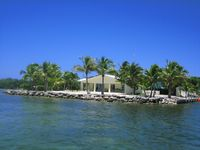 FALL DISCOUNTS AVAILABLE!! SURROUNDED by water!!!  Diving and Fisherman's Haven