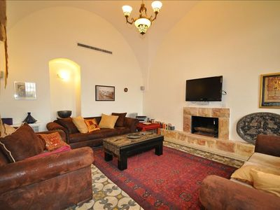 Jerusalem area house rental - Living Room