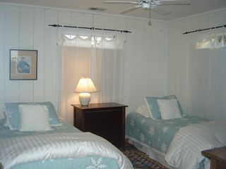 Union Pier cottage photo - One of 3 bedrooms