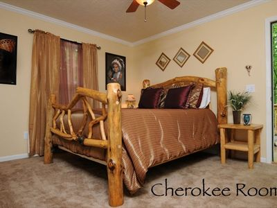 Maggie Valley cottage rental - Guest Room - The Cherokee Room