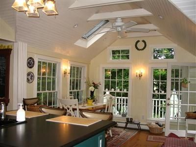 Historic cape cod getaway in barnstable homeaway for Kitchen with sunroom attached