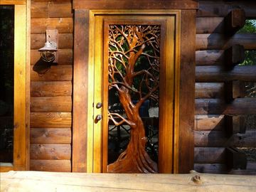 Cherry Log cabin rental - Front entrance