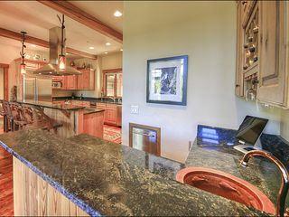 Big Sky house photo - Wet Bar and iPad to control the Sonos Stereo system