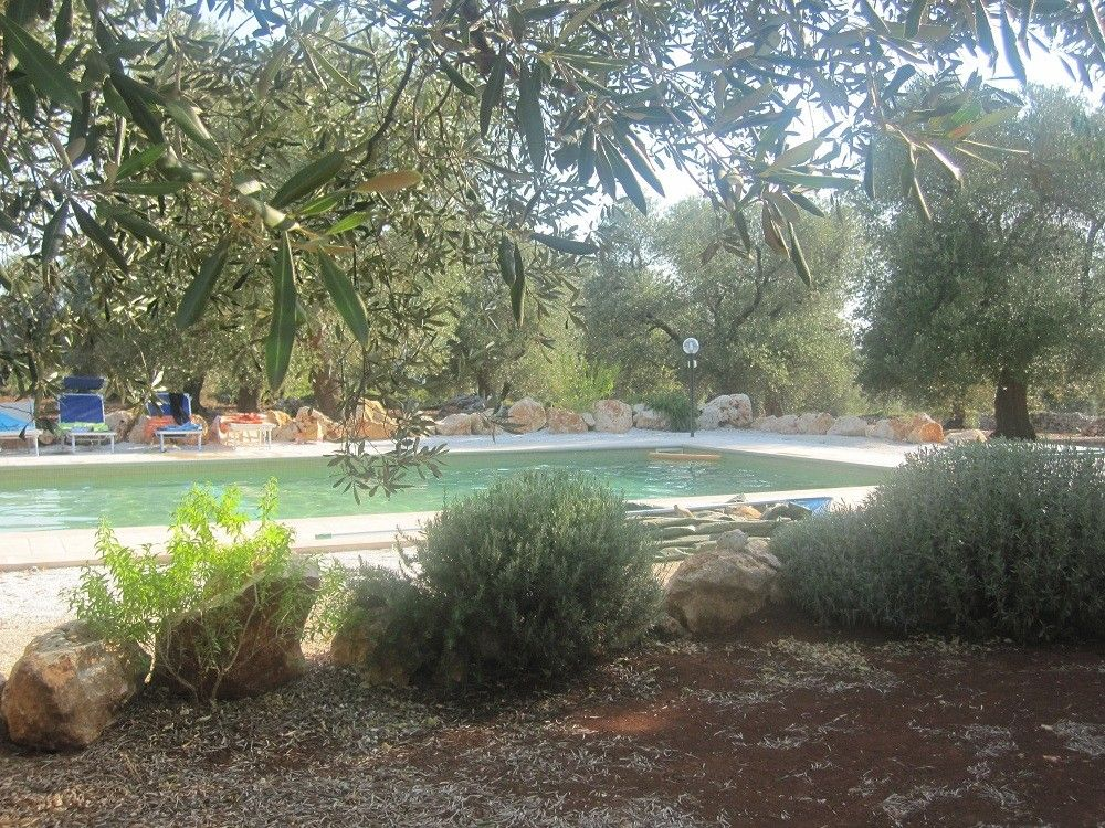 Magnificent trullo with pool in the countryside 3 br vacation chateau country house for rent - Vacation houses in the countryside ...
