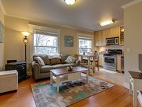 Beautiful Downtown Portland Condo. Put the City at Your Fingertips!