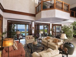 Montego Bay villa photo - Greatview has many places to sit and relax, both indoors and out.