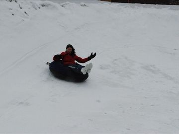 Tubing, downhill and cross country skiing 2-5 min from cabin