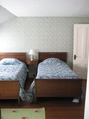 Boothbay cottage photo - Twin Bedroom w/Water Views