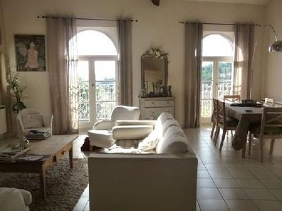 Holiday apartment, 88 square meters , Châteauneuf-de-gadagne