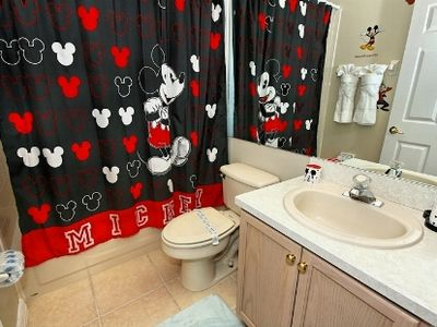 Indian Creek villa rental - Disney themed bath