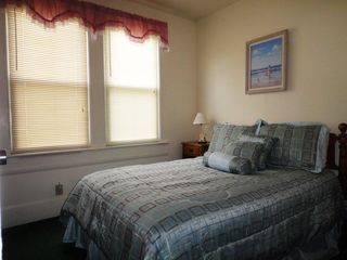 Virginia Beach cottage photo - Second Bedroom with full size bed.