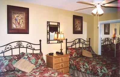 Master Bedroom - queen and double beds