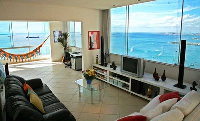 Luxury equipped unique bright loft with panoramic ocean view, with Internet