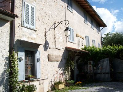 Flats (Apuan Alps view ) in ancient farmhouse in olive-grove(4km from the beach) - ALPI APUANE