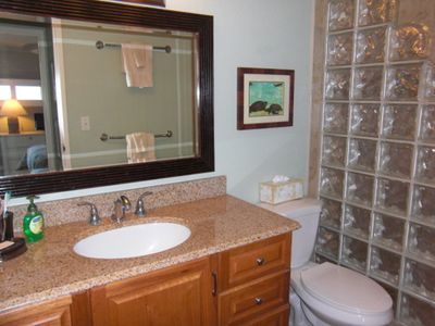 Maalaea condo rental - New Master Bath w/ Granite Top & Lots of Storage Space