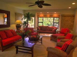 Poipu house photo - Formal living room for family gatherings