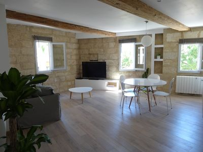 Apartment standing in a square in the heart of Montpellier (escutcheon)