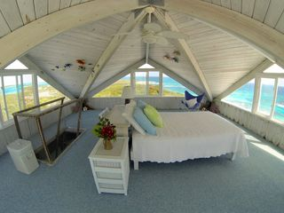 Staniel Cay house photo - Master loft with 360 views