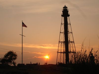 Marblehead lighthouse at sunset